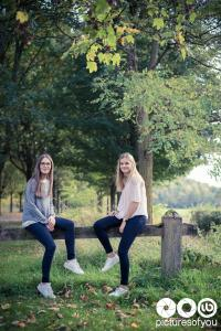 Lifestyle - Louise et Claire par Laurent Bossaert - Pictures of You - 2