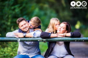 Lifestyle famille par photographe Laurent Bossaert studio Pictures of You - Nord Pas de Calais - Julie-Sébastien-Timoté-Soline-25
