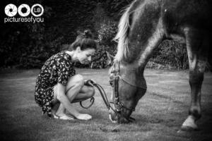 Clotilde et ses chevaux - Photos lifestyle par Laurent Bossaert - Pictures of You-1