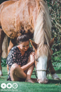 Clotilde et ses chevaux - Photos lifestyle par Laurent Bossaert - Pictures of You-15