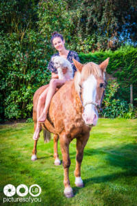 Clotilde et ses chevaux - Photos lifestyle par Laurent Bossaert - Pictures of You-16
