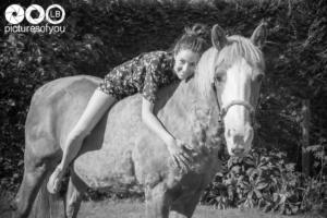 Clotilde et ses chevaux - Photos lifestyle par Laurent Bossaert - Pictures of You-17