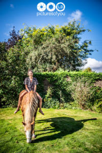 Clotilde et ses chevaux - Photos lifestyle par Laurent Bossaert - Pictures of You-18