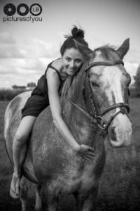 Clotilde et ses chevaux - Photos lifestyle par Laurent Bossaert - Pictures of You-20