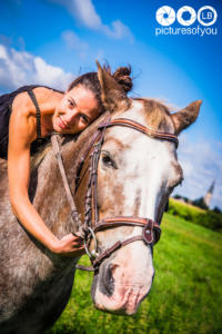 Clotilde et ses chevaux - Photos lifestyle par Laurent Bossaert - Pictures of You-21
