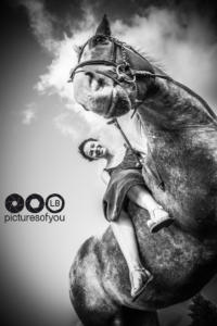 Clotilde et ses chevaux - Photos lifestyle par Laurent Bossaert - Pictures of You-23