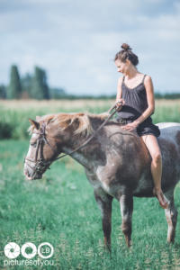 Clotilde et ses chevaux - Photos lifestyle par Laurent Bossaert - Pictures of You-27