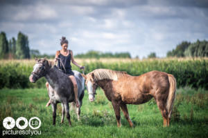 Clotilde et ses chevaux - Photos lifestyle par Laurent Bossaert - Pictures of You-28