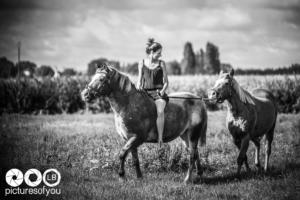 Clotilde et ses chevaux - Photos lifestyle par Laurent Bossaert - Pictures of You-29
