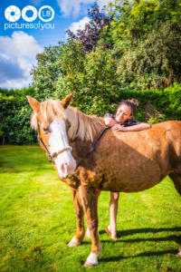 Clotilde et ses chevaux - Photos lifestyle par Laurent Bossaert - Pictures of You-3